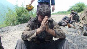 طبس؛ مرگ و مصدومیت دو کارگر در پی ریزش معدن